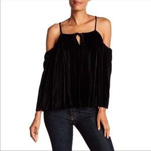LaundryShelli Segal Cold Shoulder black velvet top